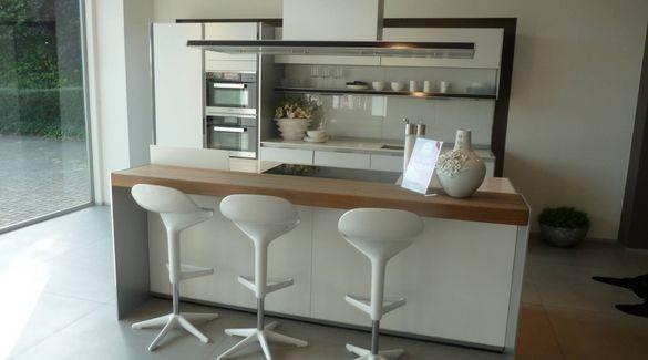 Showroomkeuken Lotuswit mat / Aluminium Kortenberg